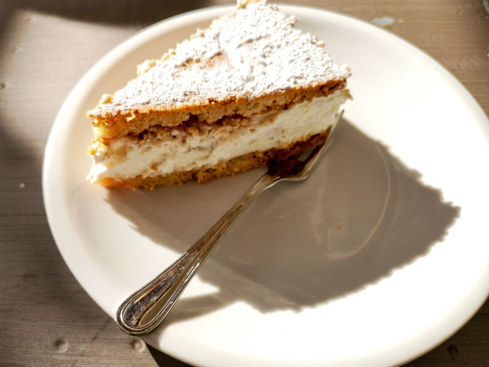 Ricotta and Pears Cake